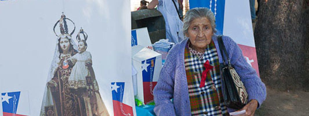abuelita de los campos rezar el rosario un rosario por chile http://unrosarioporchile.cl