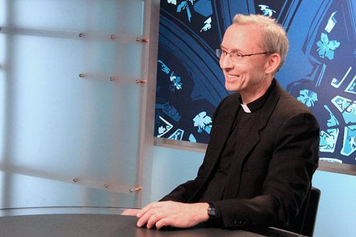 Fr_-Jim-Phalan- rosario en familia http://unrosarioporchile.cl