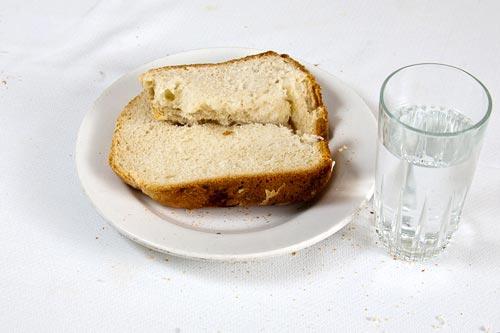 Resultado de imagen para pan con agua