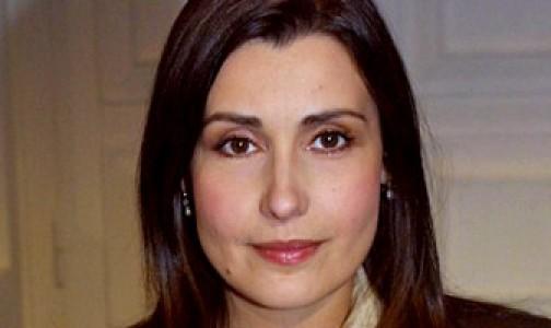 De actriz erótica a asidua orante del Rosario: la historia de Claudia Koll
