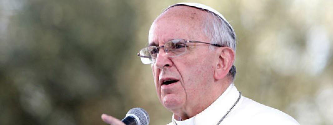 Promover el aborto y la eutanasia es de mafiosos, dice el Papa Francisco