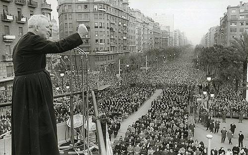 El padre Peyton predicando en Barcelona, 1965.
