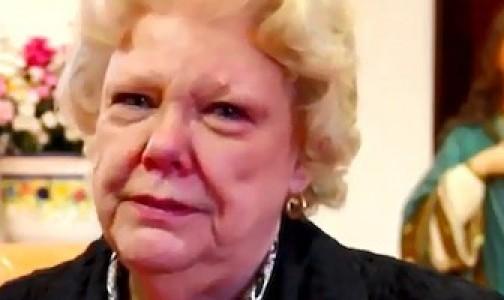 Un perdón súbito la detiene de asesinar a su marido: el rosario y la oración prepararon ese momento