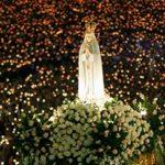 fatima procesión velas rosario