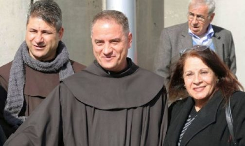 El rosario que le regalaron impidió que lo degollaran