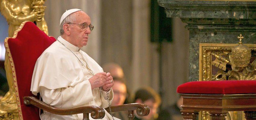papa francisco rosario