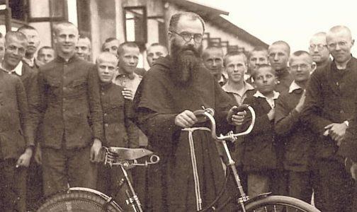 San Maximiliano Kolbe, ejemplo de amor a María