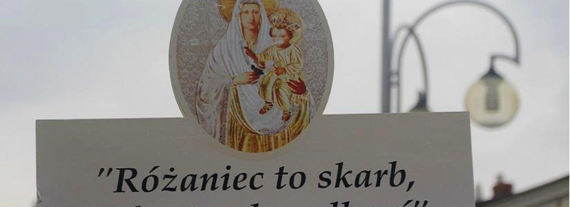 Este 7 de octubre en Polonia, un millón de católicos rezará el Rosario rodeando toda su frontera