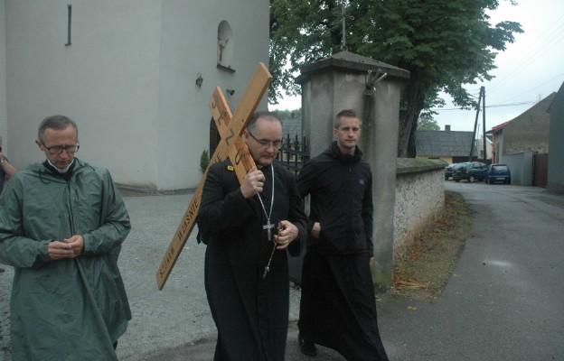 polonia peregrinación cruz vocaciones sacerdotes