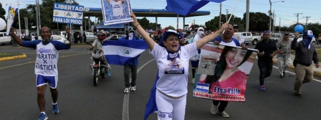 Los presos políticos en Nicaragua se acompañan rezando el Rosario