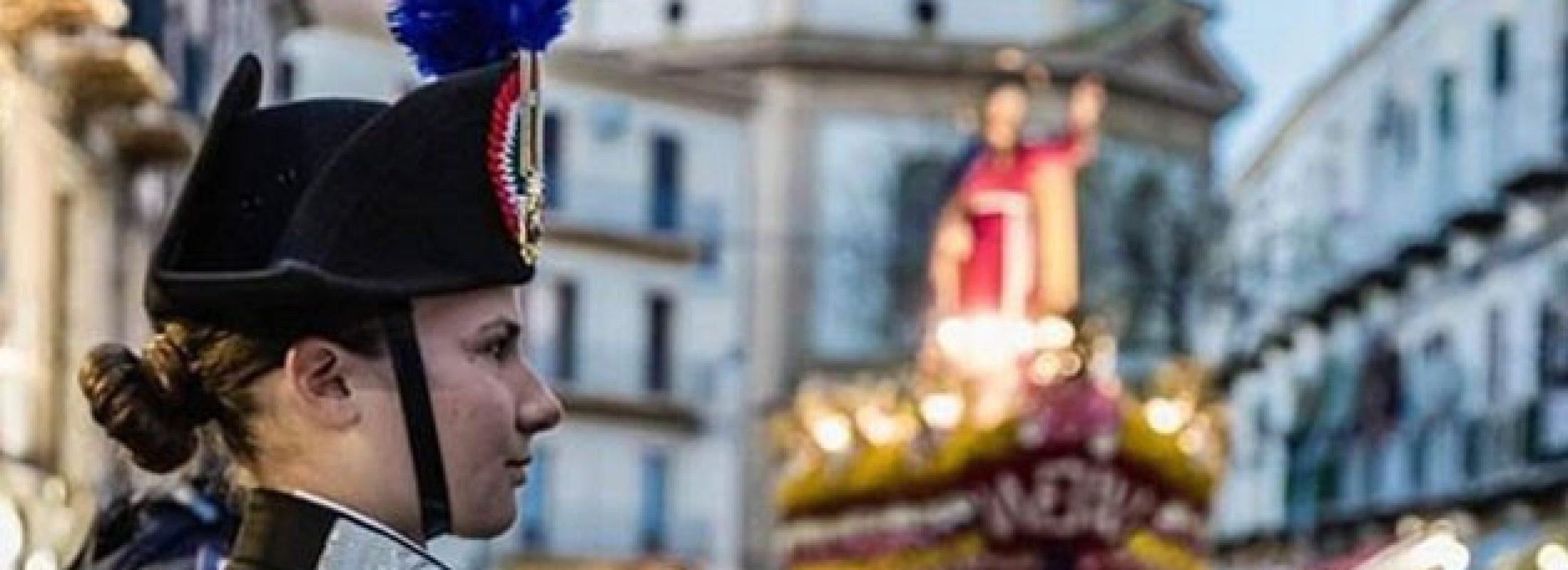 Ella portaba armas que matan y en Medjugorje se enamoró del arma de la Virgen: el Rosario